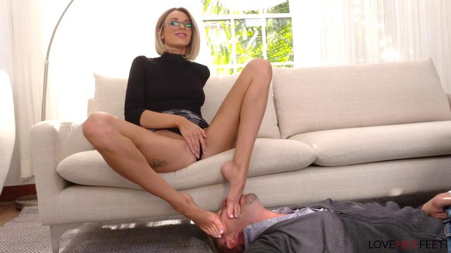 Фетишист наслаждается жаркой мастурбацией и сексом с блондинкой #3