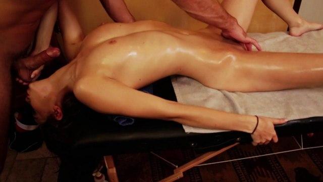 Чувственный массаж закончился жарким сексом с мужиком #3