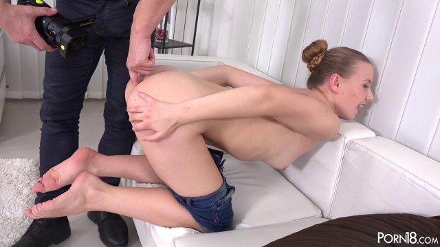 Девушка приходит на порно кастинг мечтая стать звездой порно #4