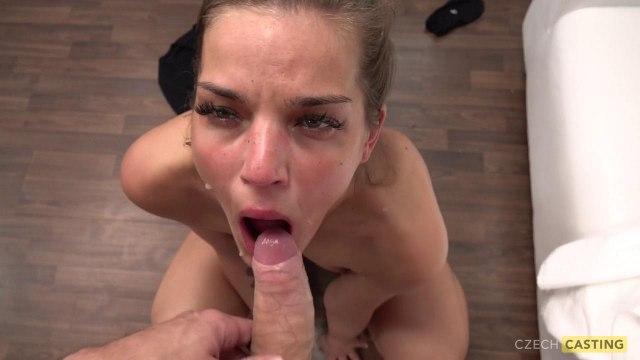 Отсос и жаркий секс раком с агентом на порно кастинге #9