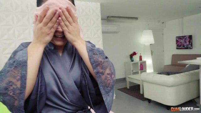 Сисястая обожает жаркие секс сюрпризы с нежными оральными ласками #1
