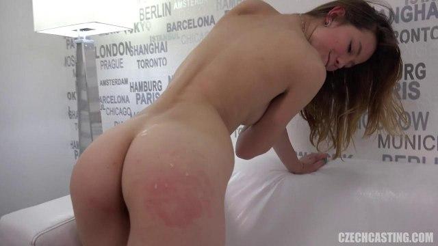 Девушка классно сосет член и трахается в письку раком на порно кастинге #9