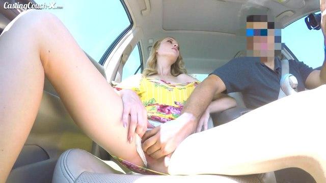 Мужик привез возбужденную телку к себе, чтобы жарко трахнуть ее #2