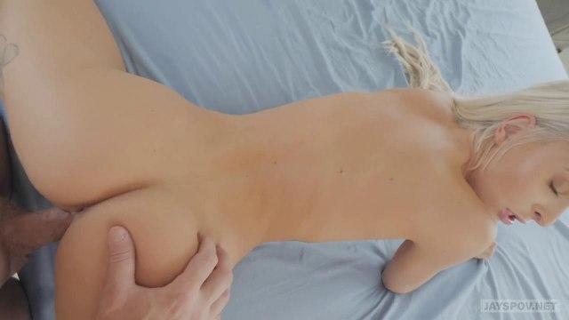 Разгоряченный минетом самец жестко трахает свою подругу и обливает ее спермой #7